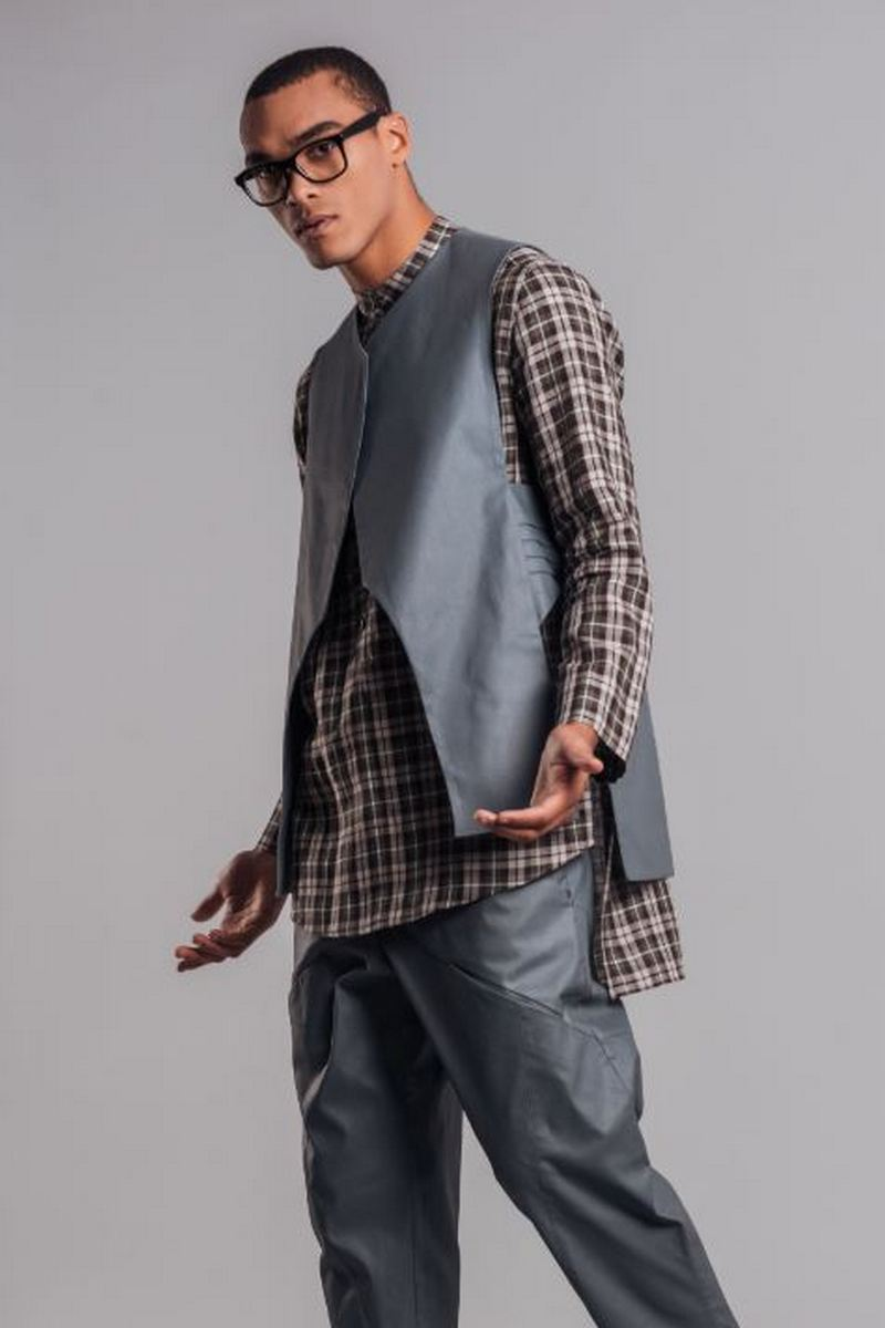 Buy Grey men`s cotton suit with shorts and vest, stylish clothes for men
