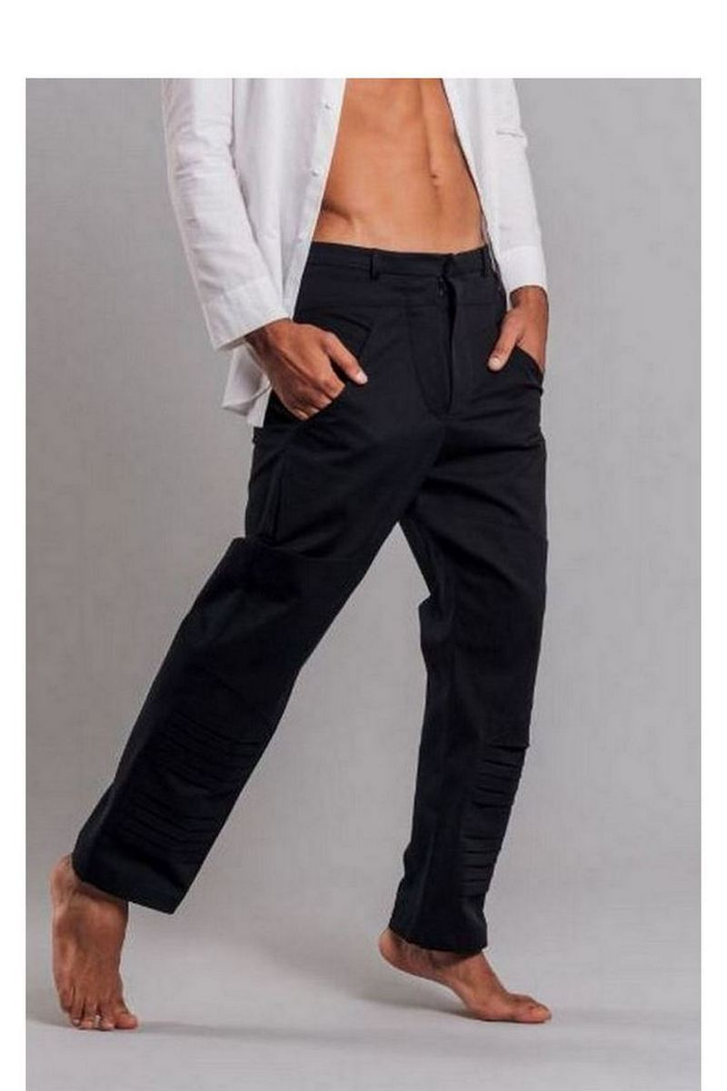 Buy Black cotton men`s pockets pants with folds, casual party pants for men