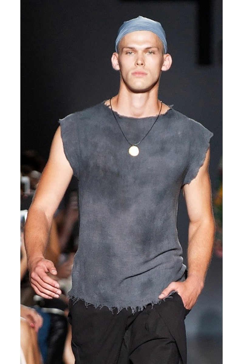 Buy Cotton gray comfy sleeveless T-shirt, men`s designer exclusive casual party festive tee