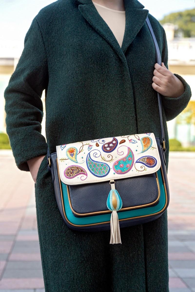 Buy Paisley real leather handmade women medium zipper crossbody shoulder bag