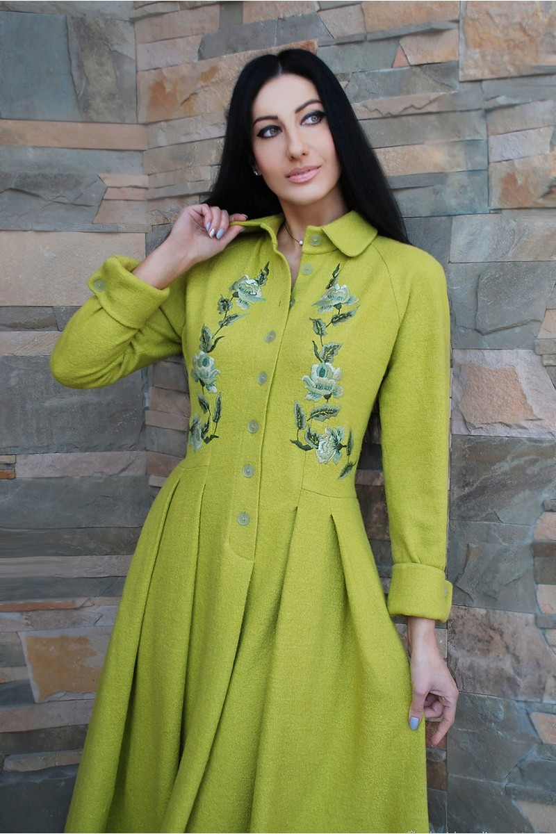 Buy Elegant Long Hand-made Embroidered Wool Green Retro 50s Dress