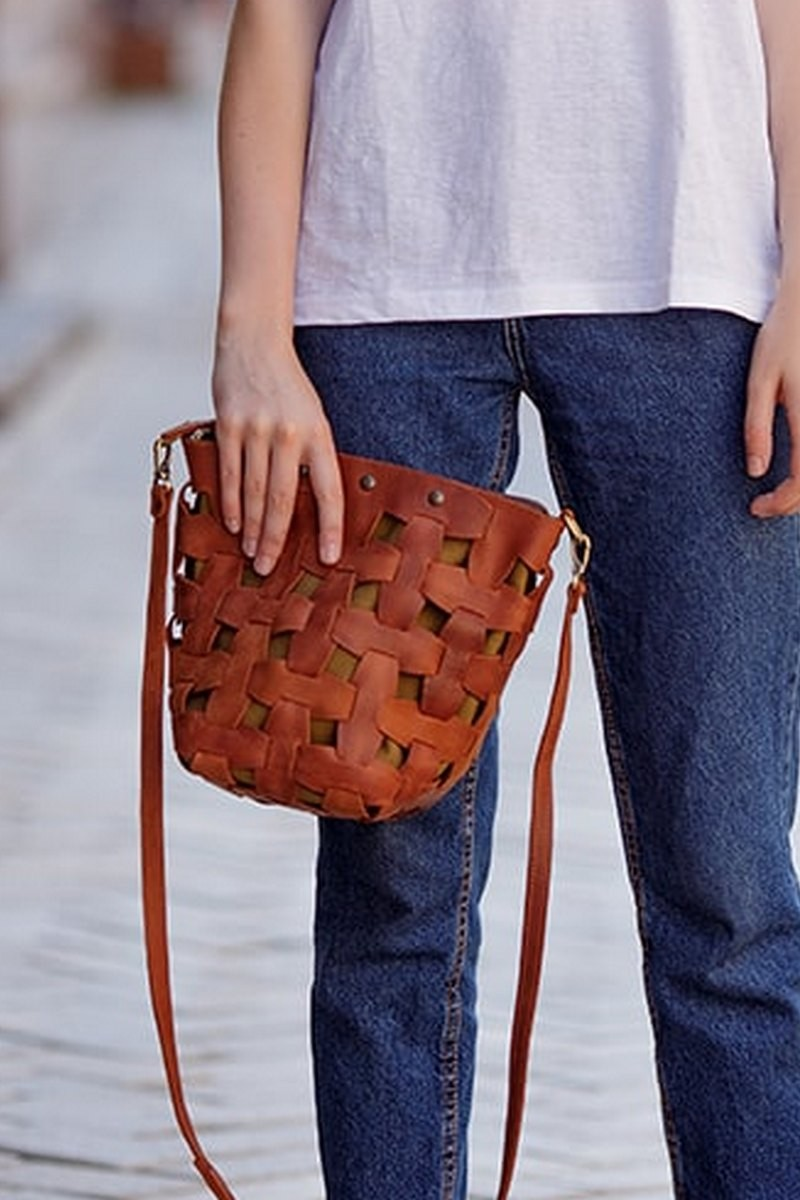 Buy Wicker leather women brown medium handmade bag, Stylish design bag
