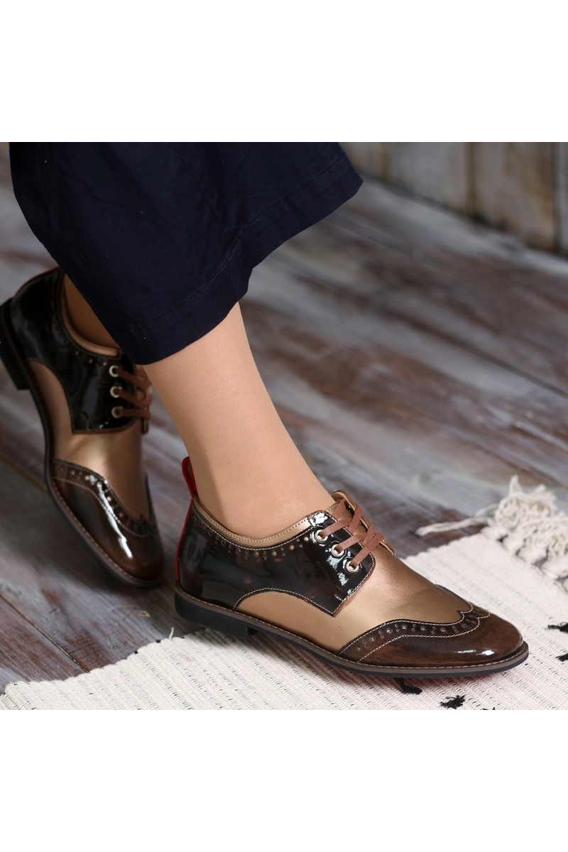 Buy Brogues brown beige leather shoes, Polished leather shoelaces perforation designer shoes