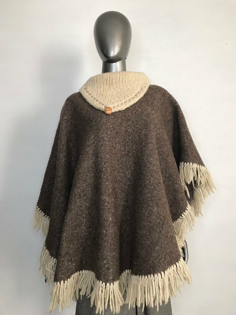 Buy Brown Poncho oversise , materials wool mesh