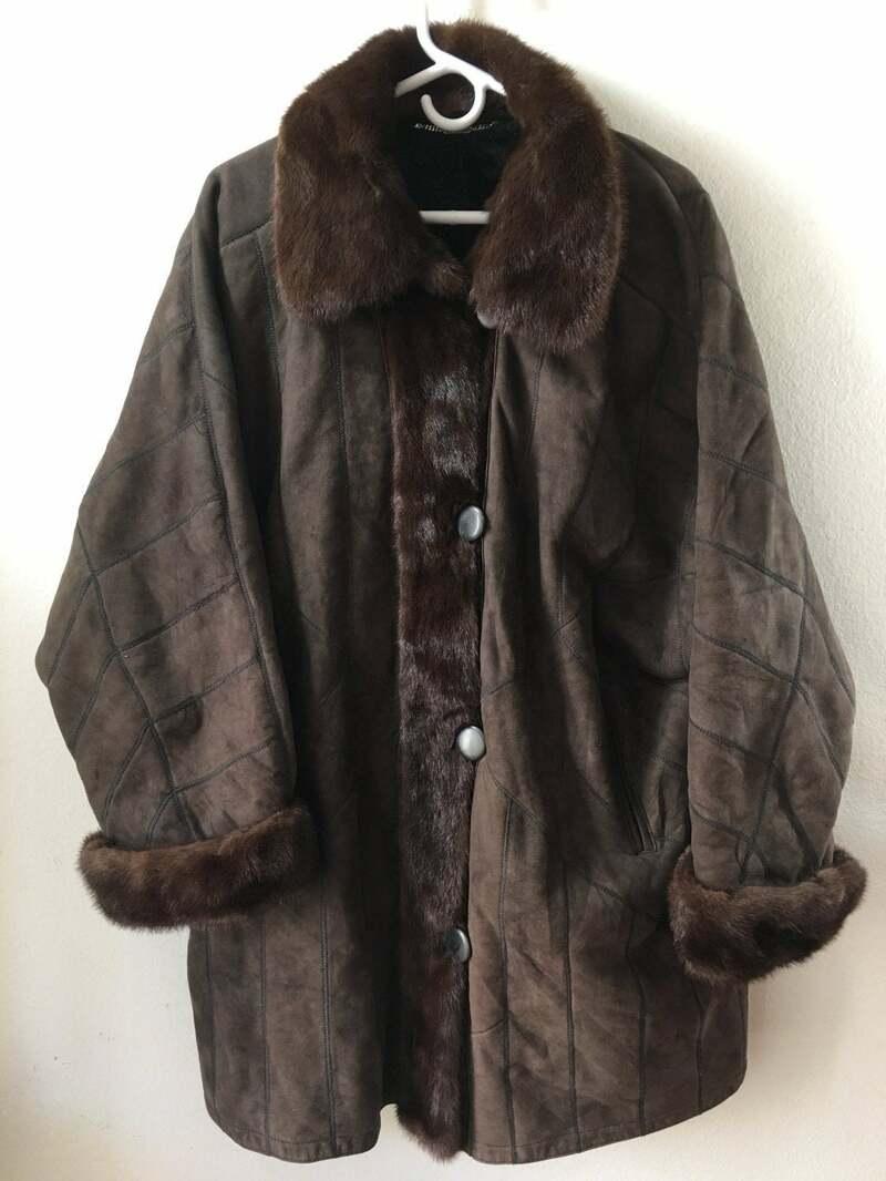 Buy Elegant Warm Original Winter Coat Sheepskin & Soft Mink Fur Retro Design Women's Dark Brown Size Large.