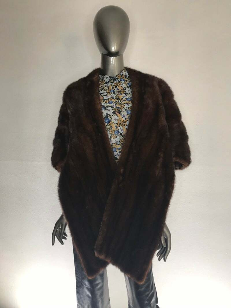 Buy Mink Fur Bolero Women's Brown Red carpet look warm retro style vintage bolero in very good used condition universal size.