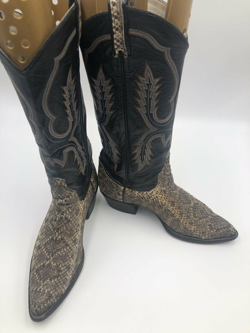 Buy Larry Mahan black women's boots from real snake leather vintage embroidered with unique pattern western style cowboy boots has size 8 1/2.