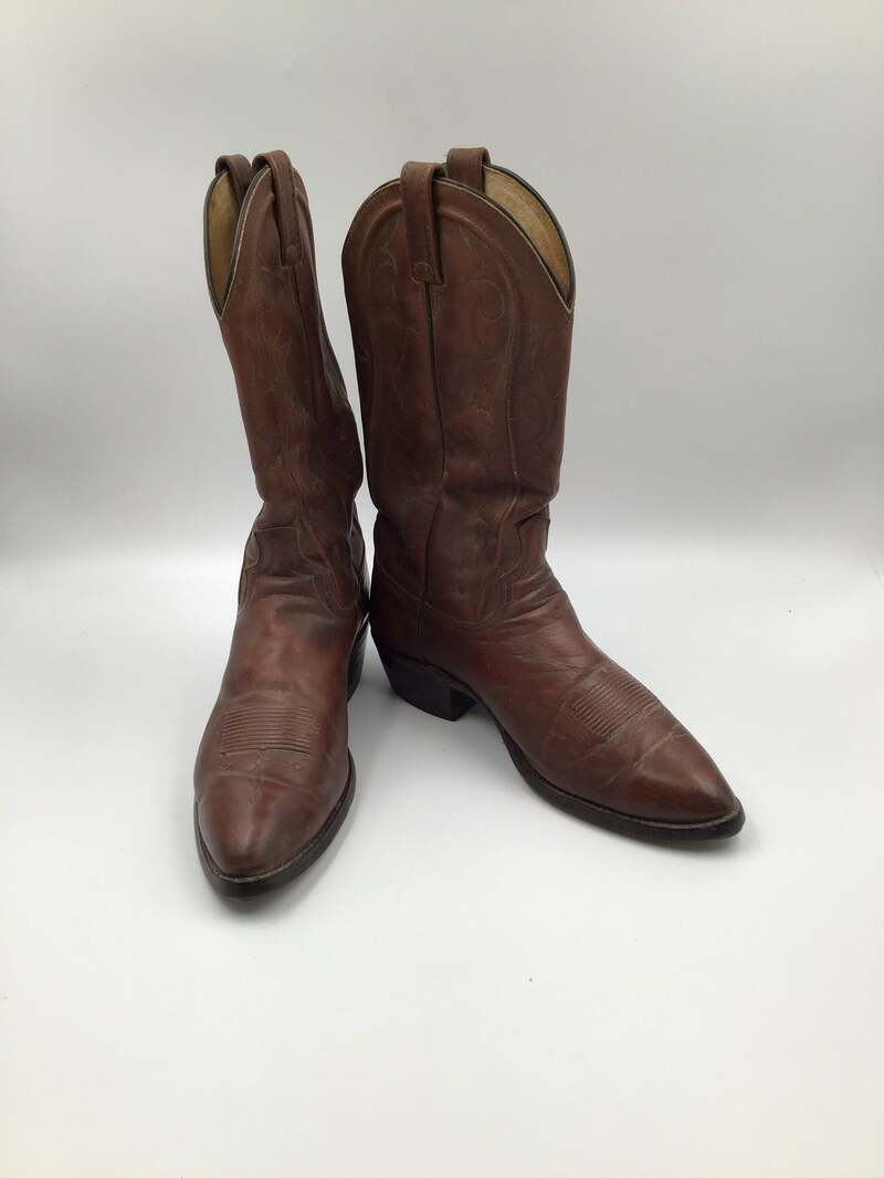 Buy Dan Post black men's boots from real strong leather vintage embroidered with unique pattern western style cowboy boots has size 10 1/2D.
