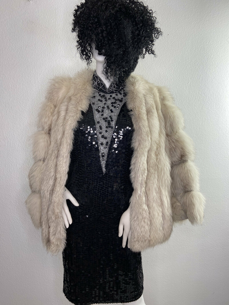 Buy White Women's coat real polar fox fur modern coat winter light coat warm coat short coat vintage coat wedding coat party coat size-small.